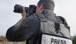 War-journalist-01
